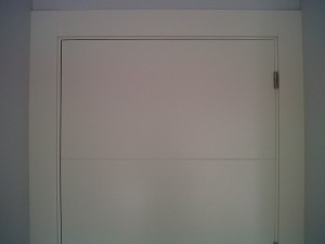 detalle rayas puertas lacadas
