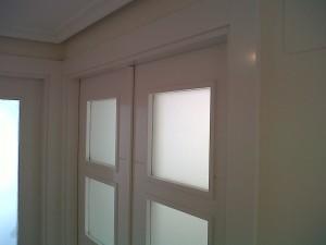 puerta doble vidriera v4 en salón