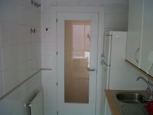 puerta vidriera cocina