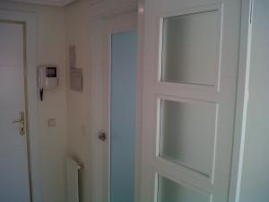 detalle puerta salón v4 hoja derecha abierta