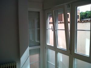 cerramientos laterales pvc instalados