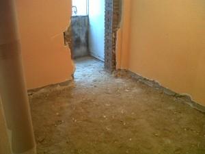 demolición y retirada de suelos vivienda 2