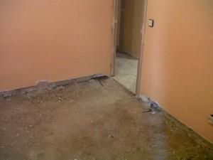 demolición y retirada de suelos vivienda 3