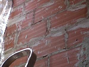 muro pendiente de revestimiento yeso