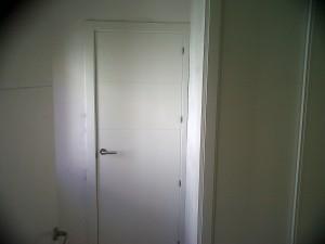 carpintería interior lacada blanca