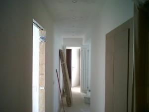tendido y alisado de paredes y techos