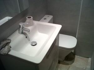 instalación sanitarios en baño
