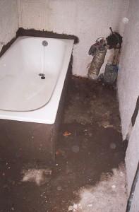 demolición total de baño