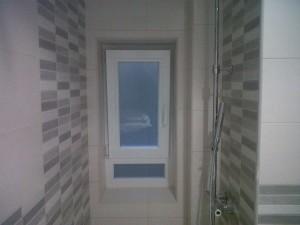 detalle ventana baño